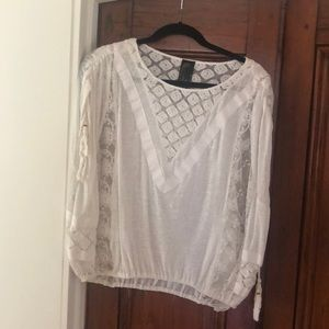 Lacey short sleeve top